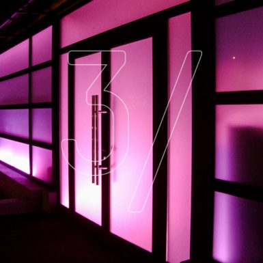 Mondys nightclub interior design